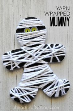 Mummia con la lana.