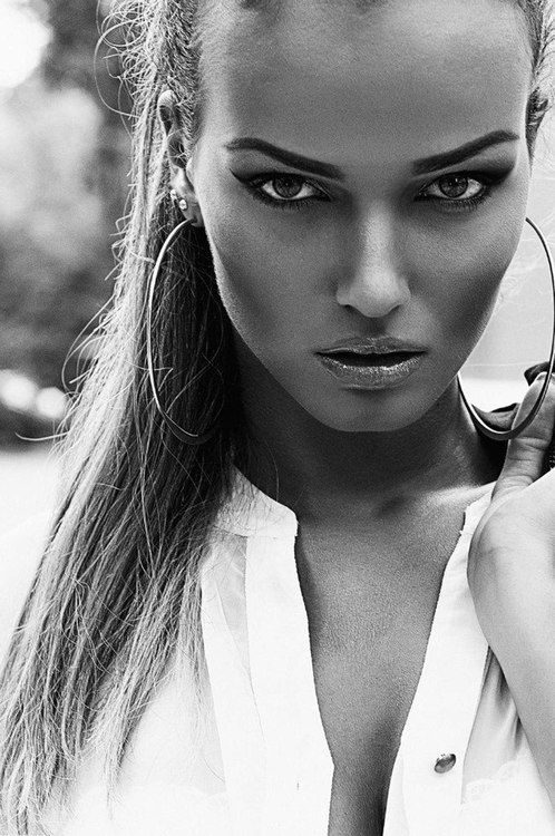 Arianna Redmond - a model from United States | Model