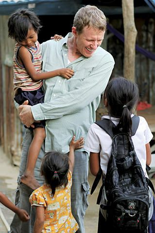Former President of 20th Century Fox International quits #Hollywood for #Cambodia. ow.ly/cSyoc