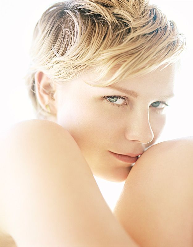 Kirsten DunstFace, Kirsten Dunst, Inspiration, Female Portraits, Shorts Hair, Photos Shoots, Fashion Photography, Beautiful People, Actresses