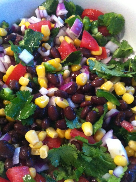 Black Bean and Corn Salad. Easy, colorful and delicious side to any Mexican themed dinner1