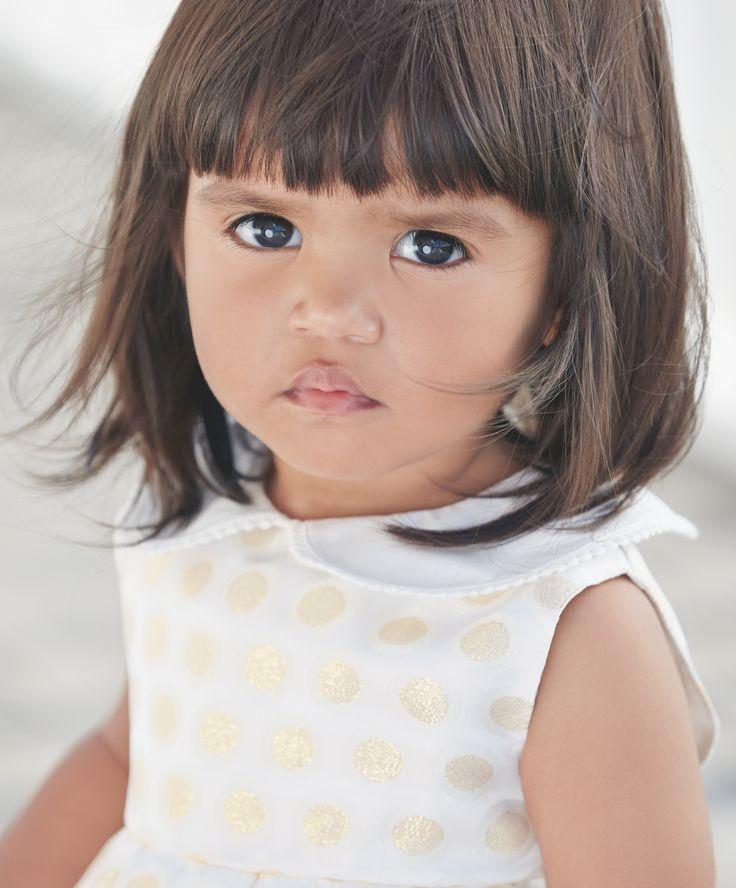bambina con taglio capelli bellissimo