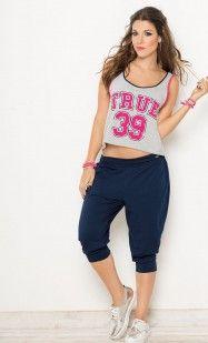 Blusa atlética con diseño novedoso en la espalda   CARMEL - Ropa por catálogo para mujeres y teens