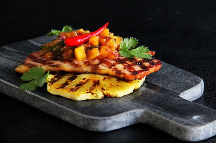 V kuchyni vždy otevřeno ...: Grilovaná šunka s pikantní ananasovou salsou