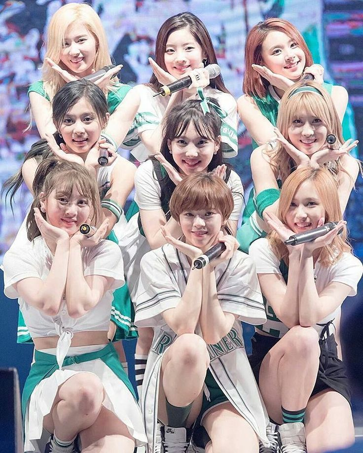 Cheer up #twice #トゥワイス #cheerup #twicecheerup #nayeon #ナヨン #jungyeon #ジョンヨン #momo #モモ #sana #サナ #jihyo #ジヒョ #mina #ミナ #dahyun #ダヒョン #chaeyoung #チェヨン #tzuyu #ツウィ #kpop #9shot