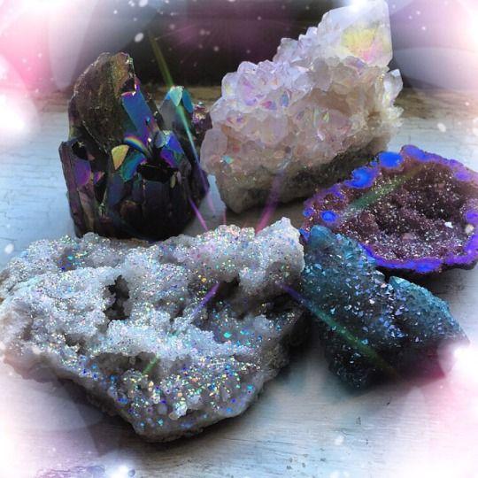These are my favorite crystals I own, I love them soooo much and I crave more!   most-vicious-crime - tumblr