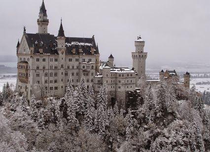 Google+Замок Нойшванштайн, Германия