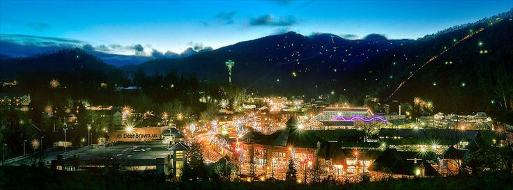 Christmas Lights Gatlinburg TN Can you imagine the Great Smoky Mountains without Gatlinburg? I know that I cannot.