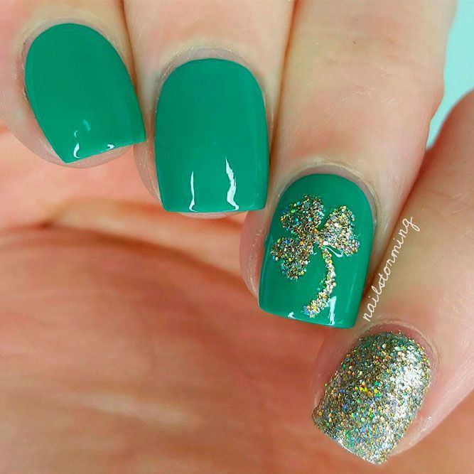 Green Nails With Gold Glitter Shamrock #glitternails #greennails ★ We have collected many greenish and so lovely St Pat…