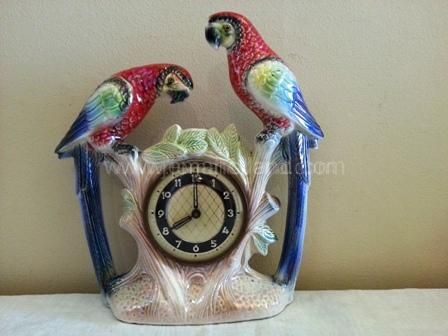 (448) Twin Macaw Sideboard Clock