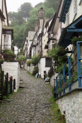 The steep cobble streets of Clovelly, England