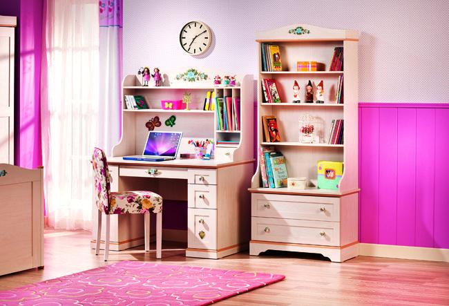 Cilek Flora Teppich  ***    Limited Edition ***            So richtig gemütlich wird es erst mit einem schönen Teppich in den passenden Farben. Farblich abgestimmt zum Rest der Zimmereinrichtung unterstreicht er diese... #kinder #teppich #cilek
