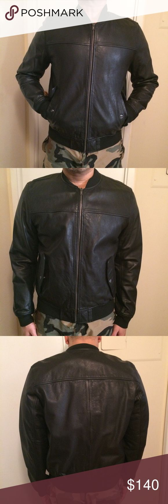 Gap Men's leather bomber jacket 100% leather with cotton lining. Baseball collar, with rib knit cuffs and  hem. Classic bomber style, zipper closure with 2 front flap pockets with snaps. Worn only a few times, in very good condition. GAP Jackets & Coats