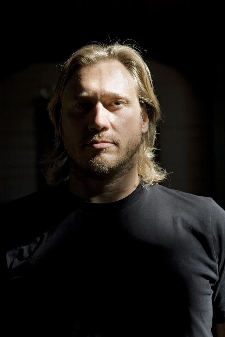 SAMULI CASIMIR EDELMANN BORN: 07-21-1968 FINNISH ACTOR AND SINGER.