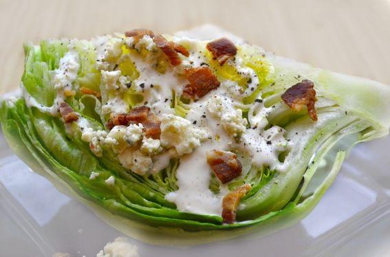 Σαλάτα με κρουτόν και blue cheese - Συνταγές Μαγειρικής - Chefoulis
