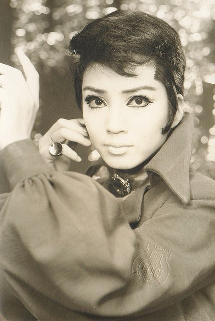 Takarazuka, actress,  Gloucester, A Bottled Spider