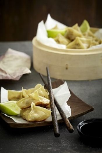 CHINA: Spicy Chicken Wontons recipe on http://nomu.co.za