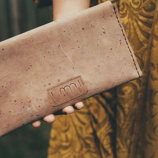 nani purse. 22 x 11. small clutch that can fit a phone. R350  #umi10store #leatherbags #handcrafted #handmade #leathergoods #leathercrafts #itbags #luxuryleathergoods #shophandmade #creativepreneur #finditliveit #streetstyleluxe #etsyfinds #cowhide #bespoke #bespokeleathergoods #musthave #cardwallet #purse #clutchbag