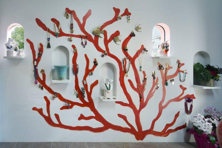 壁はどのように装飾すればいい?