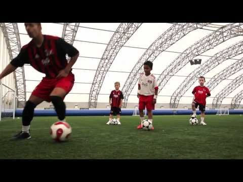 AC Milan Soccer Schools - Lesson 2 - Step Overs