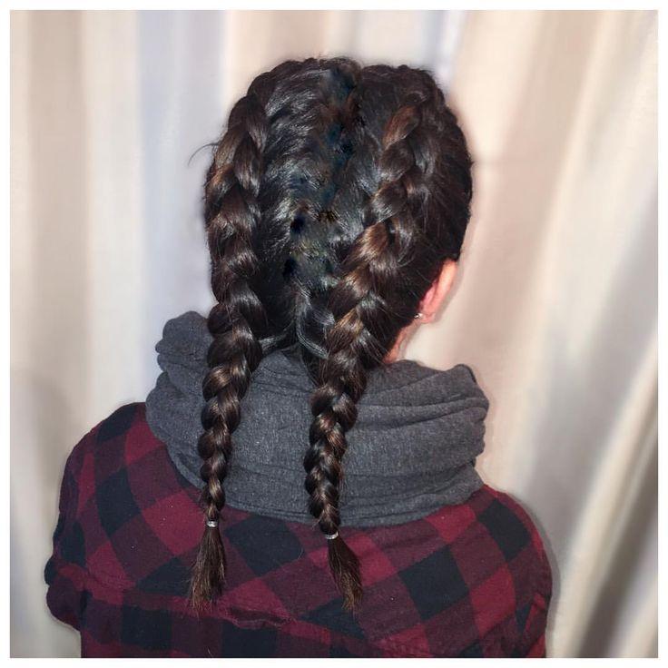 Yoga ready @nlevasseur #braids by @tawshadawn #dutchbraids #jigsawforhair