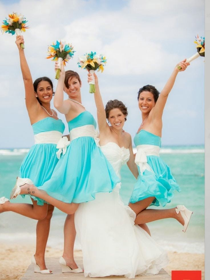Tiffany Blue Bridesmaid Dresses | http://simpleweddingstuff.blogspot.com/2014/05/tiffany-blue-bridesmaid-dresses.html