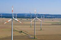 Windenergie @ lehrer-online  Abb.: Windpark, Philip May, Wikipedia