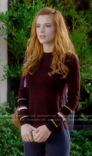 Paige's burgundy sweater with striped cuffs on Famous in Love.  Outfit Details: https://wornontv.net/72572/ #FamousinLove