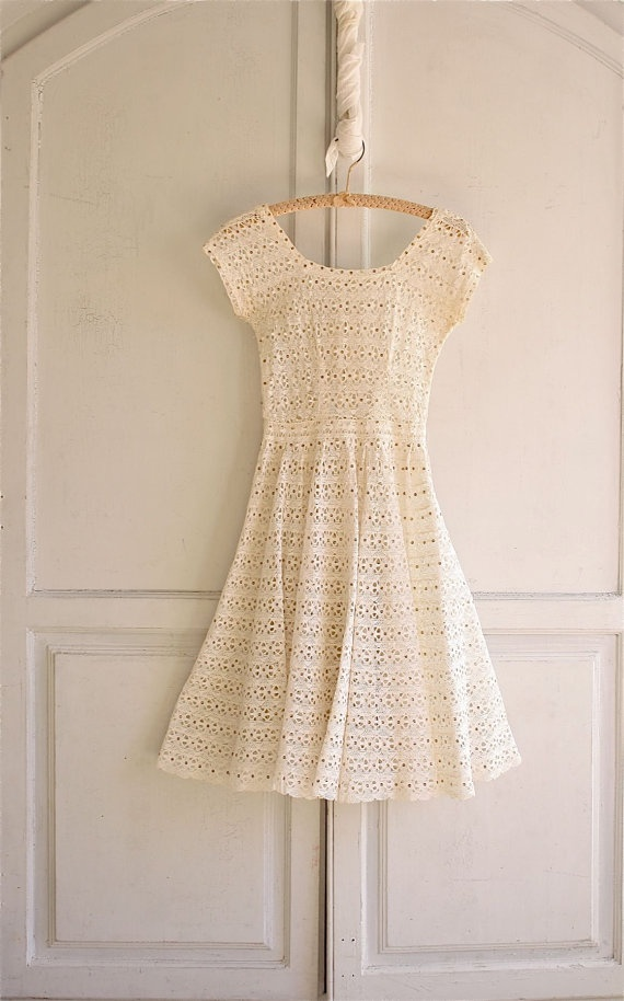 60's openwork spun sugar lace crochet dress. fab. etsy.