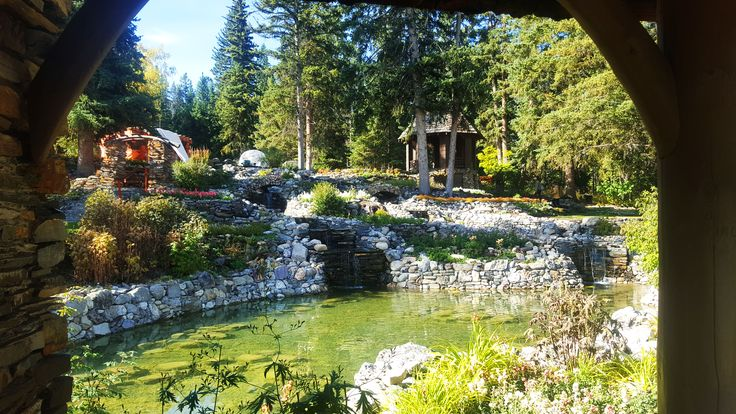 Cascade Gardens in Banff is a wonderful public space for weddings.  #banff #wedding #bride #groom #garden #canmore #yyc #lakelouise #limo #limousine