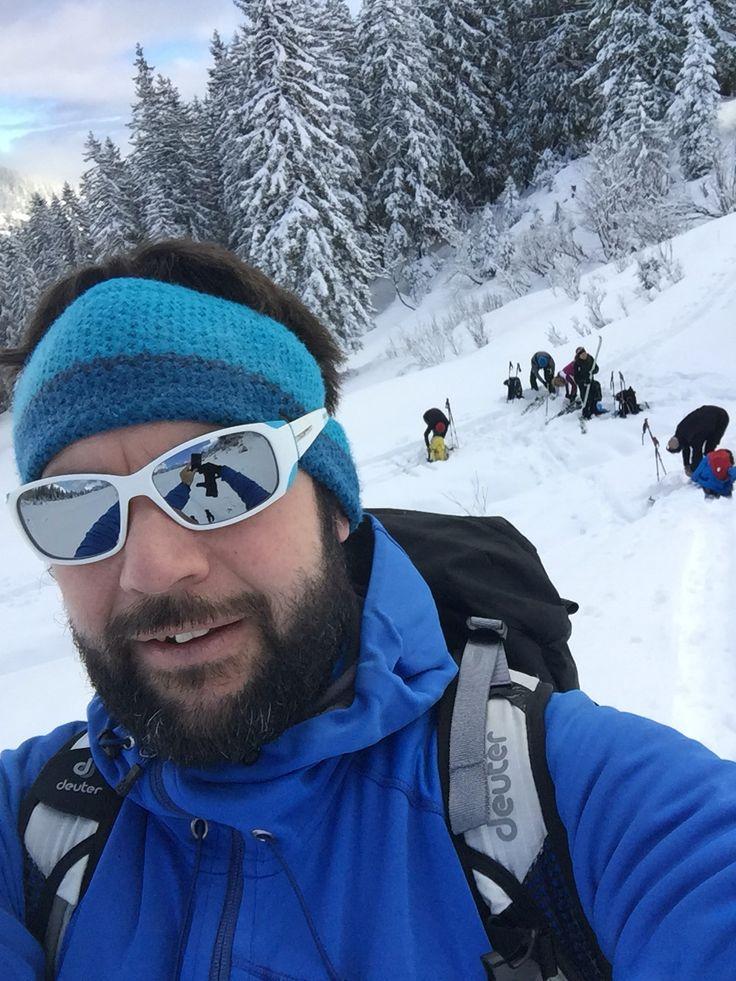 Nach dem Neuschneefall werden die Bedingungen im Gelände immer besser... Powder, Sonnenschein und viel Spaß mit einer coolen Truppe am Wochenende...  Danke Frau Holle für die Überraschung!!!  Unser Skitourenkurs auf der Schwarzwasserhütte findet vom 12.02.- 14.02.2016 statt. Die Durchführung ist bereits gesichert!!!  Infos unter: http://www.amical-alpin.com/skitourenkurs-kleinwalsertal/  #salewa #deuter #julboeyewear #dynafit #scarpa_de #bergschule #amical #amicalalpin #bergschuleriezlern…