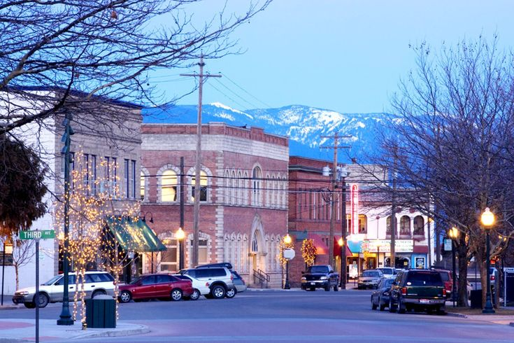 Sandpoint, Idaho. Charming, walkable town in a gorgeous setting: on stunningly beautiful Lake Pend Oreille & surrounded by mountains. Amazing outdoor recreation.