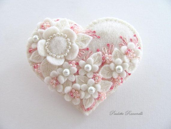 Felt Heart Pin / Felt Brooch by Beedeebabee on Etsy,