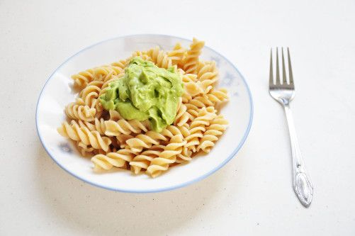 Easiest 3-ingredient Avocado Pasta Sauce (Clean)
