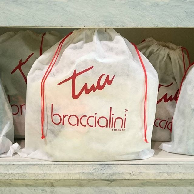 Nuovi Arrivi #Braccialini in casa #carpelshop ! #braccialinibags #springsummer #springsummer2016 #ss16collection #bags #accessories #italianbrand #tuabybraccialini #shoppingonline #fashion #instafashion #instastyle #photooftheday