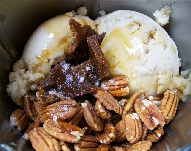 Toffee Pecan Crunch Ice Cream (Dairy Free)