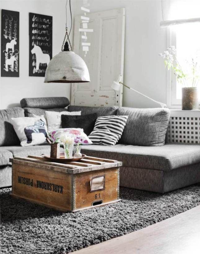 Gris et meubles récupérés pour une ambiance maison de famille
