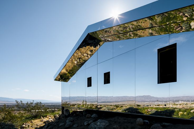 Gallery of Reflective Ranch-Style House Captures the American West in New Installation - 4