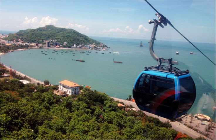 Vung Tau Cables was opened in 19 February 2010 and can serve 5000 visitors per day. It starts from the ground and finish at the top of the mountain. Visitor may look around a part of Vung Tau from cables and taking photos when travelling.