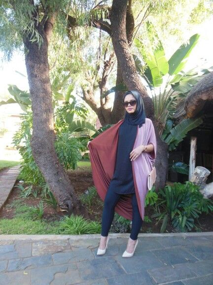 Abaya throw in two tone fabric
