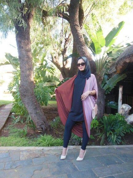 Abaya throw in two tone fabric