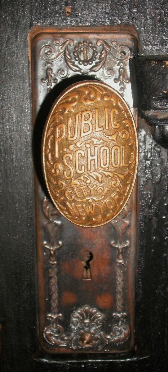 How fabulous is this Vintage New York Public School Door Knob?  As our gram would say, they just don't make 'em like they use to!