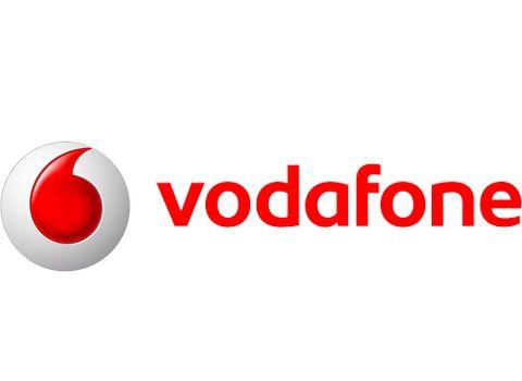 Vodafone 2017 ramazan ayına özel kampanyalı tarifelerini duyurdu. Vodafone diğer operatörlerin aksine herhangi bir sahurda hediye internet paketi sunmuyor. Ramazanda hattını vodafone'a taşıyanlara özel tarifeler ve her tarifede A101 marketlerde geçerli hediye çeki fırsatı sunuyor. Kampanya kapsamında; Yeni Red Tarifelerine Gelenlere Ramazan Servisi 50 TL A101 Hediye Çeki 6 GB İnternet Akıl Küpü Tarifelerine Gelenlere; Ramazan Servisi 25 TL A101 Hediye Çeki 3 GB İnternet ya da Her Yöne 300...