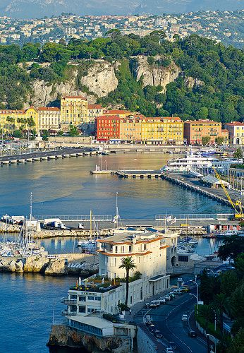 With its unusual mix of real-city grit, old-world opulence, year-round sunshine and exceptional location, Nice's appeal is universal. Everyone from backpackers to romance-seeking couples and families will love sitting at a cafe on cours Saleya in Vieux Nice or a bench on the legendary Promenade des Anglais for an epic sunset...  Read more: http://www.lonelyplanet.com/france/nice#ixzz3M4iMhrao