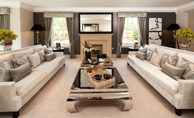Luxury Family Rooms | The stunning drawing room in Burford House - Alexander James Interiors
