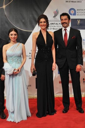 Melike İpek Yalova, Bergüzar Korel, Kenan İmirzalıoğlu