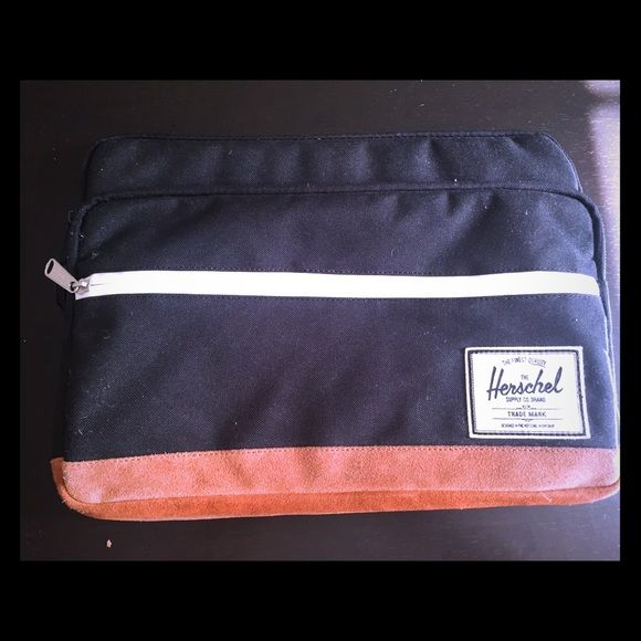 """Herschel Laptop Sleeve Inspired by the popular backpack silhouette, the Heritage sleeve for the MacBook Air/Pro 13"""" is fully padded and fleece lined. Herschel Supply Company Bags"""