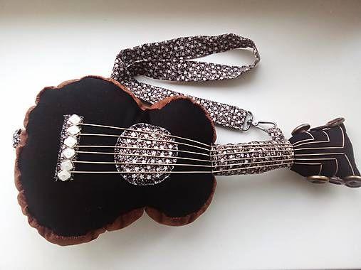 ..gitarovankúš..