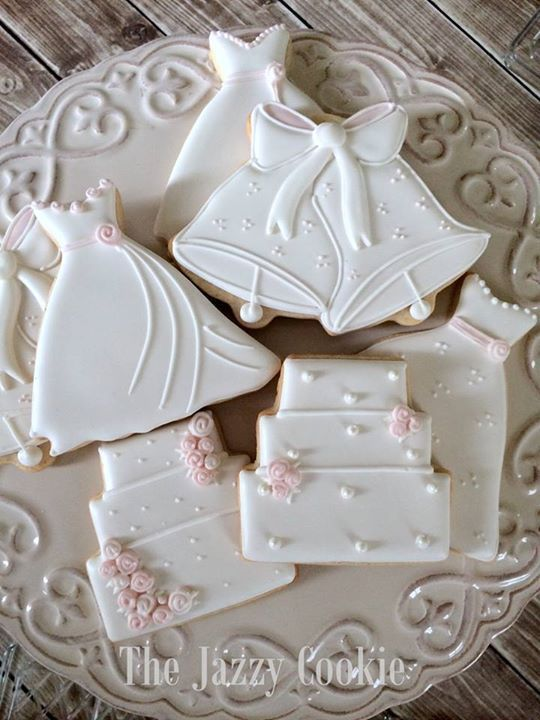 iced wedding cake cookies 25 best ideas about decorated wedding cookies on 16245