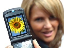Vidensus bietet seinen Kunden die Möglichkeit, an jedem Ort und zu jeder Zeit eine persönliche #Telefonberatung zu nutzen. Das innovative und kundenfreundliche dabei: #Handy- und Smartphonenutzer zahlen keinerlei Mehrkosten für die Nutzung der mobilen Beratung. Das gilt gleichermaßen für Kunden des benachbarten Auslands, wie Österreich, Schweiz, Benelux usw. Mehr dazu erfährst Du im Beitrag. #vidensus #kartenlegen #hellsehen #wahrsagen #astrologie